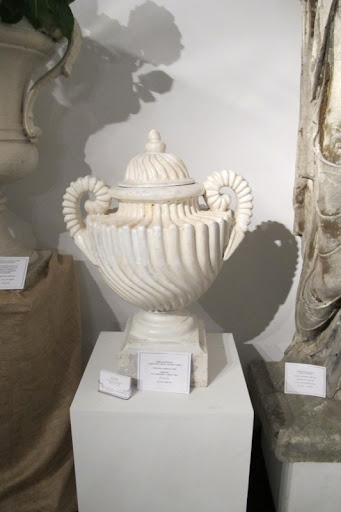 I am a sucker for an urn -- especially one this beautiful.