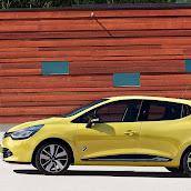 2013-Renault-Clio-4-8.jpg