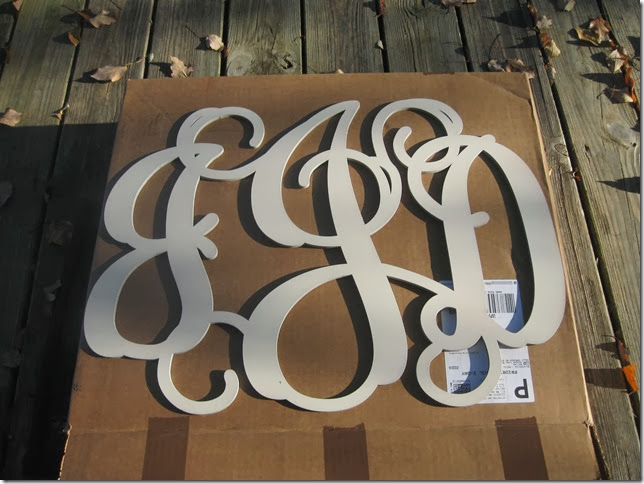 burlap monogram canvas 001