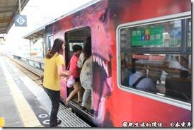 日本電車,前往環球影城的彩繪列車。