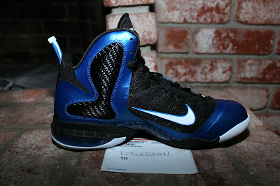 nike lebron 9 pe kentucky wildcats away 2 08 The Collection: Kentucky Wildats PEs with LeBron 9 Away Edition