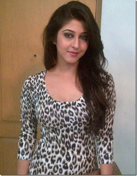 sonarika_bhadoria_rare_stylish_pics