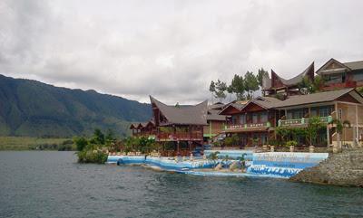 Danau Toba - 04.jpg