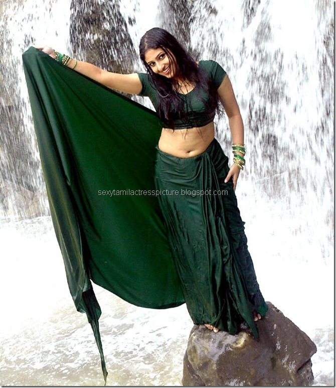 Actress_Monica_Hot_in_Wet_Dress_09