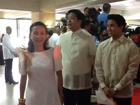 Grace Poe with husband and son