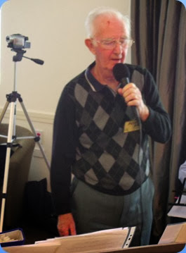 Peter Jackson singing a nice ballad