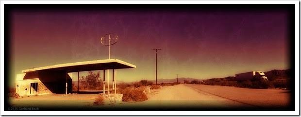 150102_DesertCenterGasStation