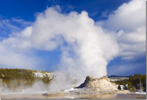 best places to travel to US: yellowstone