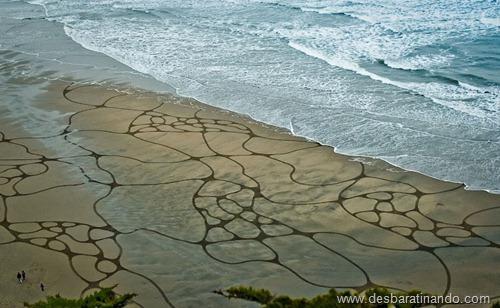 desenhando na areia desbaratinando  (25)