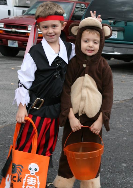 Downtown Kirkwood Halloween 008