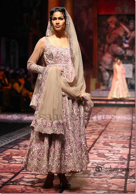 Suneet_Verma_India Bridal_Fashion_Week 2013 (2)