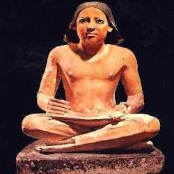 45 - El escriba sentado del Museo de El Cairo