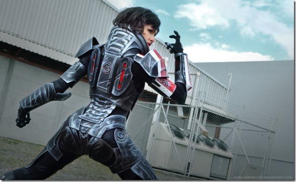 mass-effect-cosplay-2