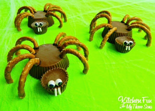 Halloween-Reese's-Spider-Cups
