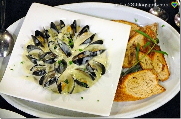 One-Way-Restaurant-mussels-jotan23