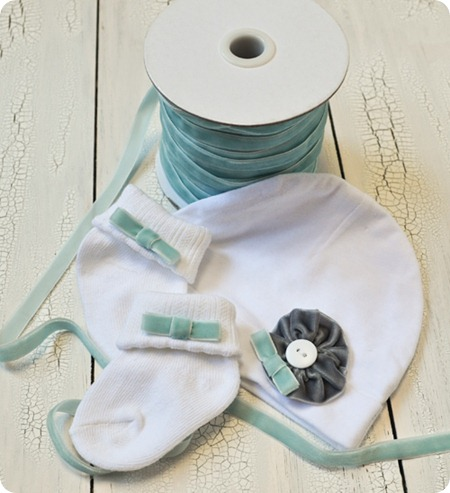 Newborn-Set-hat-and-socks
