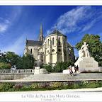 La ciudad de Pau a sus Muertos Gloriosos
