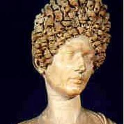 104 - Dama de la epoca de los Flavios