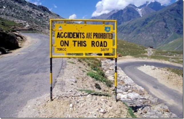 the_worlds_most_peculiar_road_signs_640_04-465x299