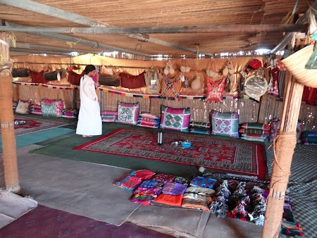 16. Cort de beduin.JPG
