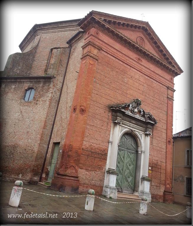 Chiesa di Santa Apollinare ( esterno ), Ferrara, Emilia Romagna, Italia - Church of St. Apollinaris (external), Ferrara, Emilia Romagna, Italy - Property and Copyrights of FEdetails.net