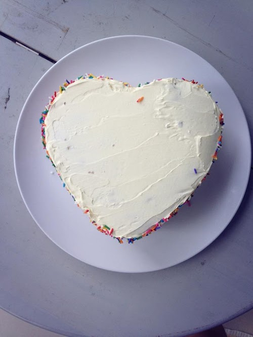adriennehoxy rainbow 3 layered cake 4.jpg