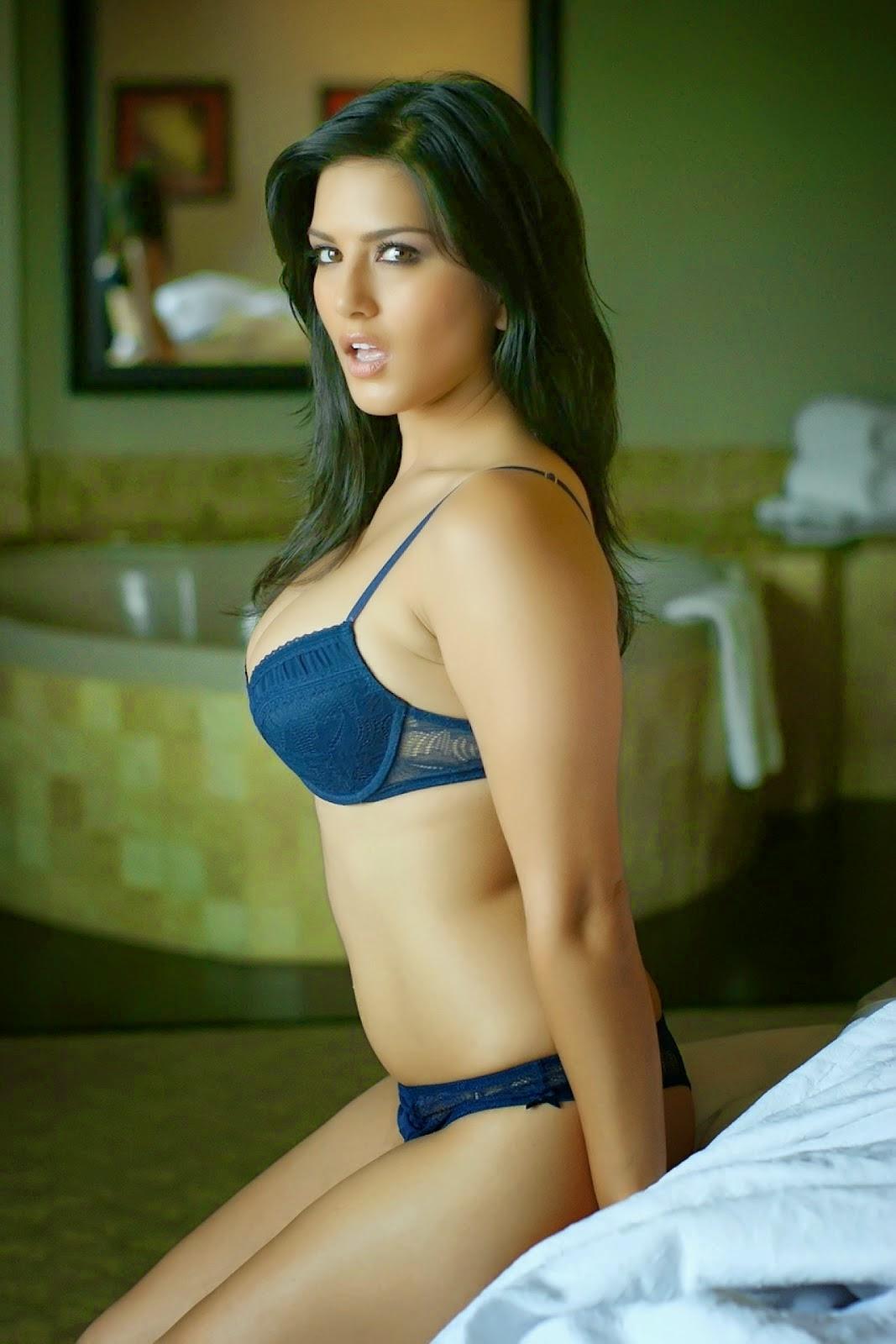 real amateur mature nude skinny tight