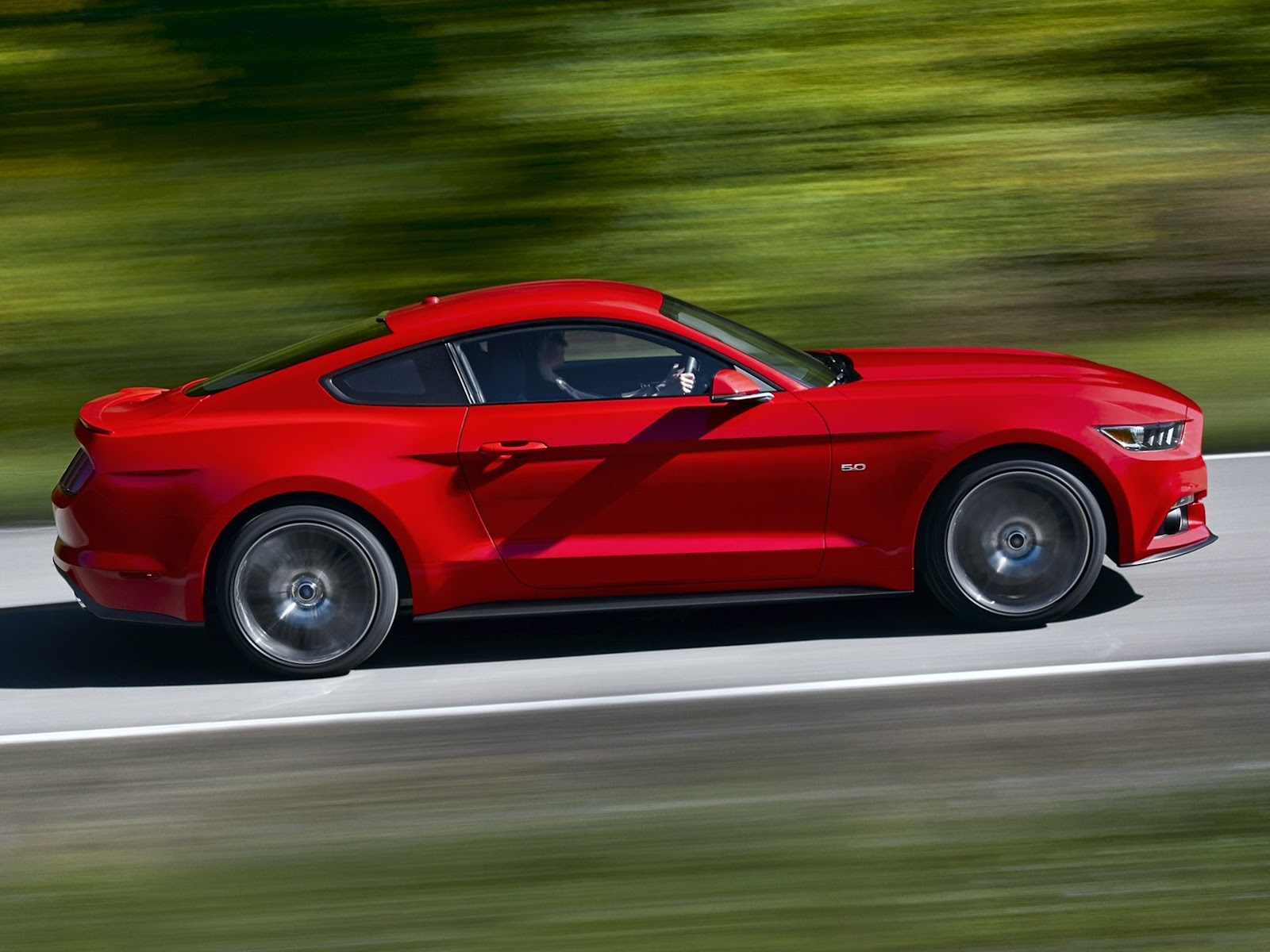 2015-Ford-​Mustang-Ph​otos-52%25​255B2%2525​5D