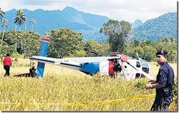 Helikopter PDRM terbalik