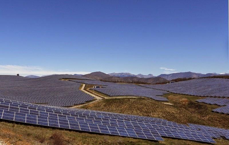 les-mees-solar-farm-12