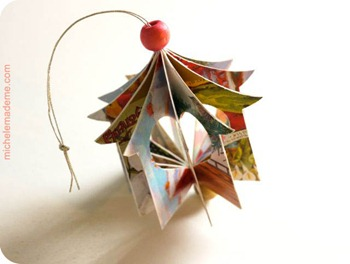 Heart House Ornament3