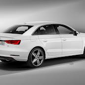 2014_Audi_A3_Sedan_3.jpg