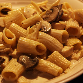 Chicken Rigatoni and Mushroom Marsala