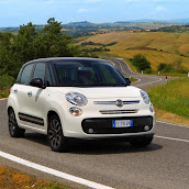 2013-Fiat-500L-MPV-Official-10.jpg