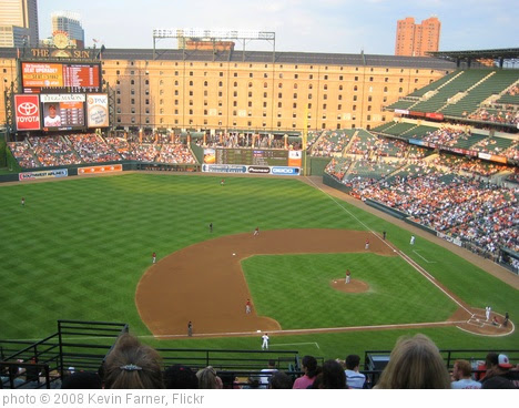 'camden yards' photo (c) 2008, Kevin Farner - license: https://creativecommons.org/licenses/by/2.0/