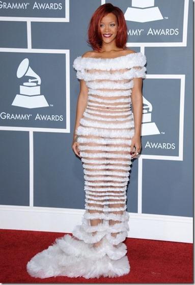 Rihanna 53rd Annual GRAMMY Awards a2ub6lGL30rl