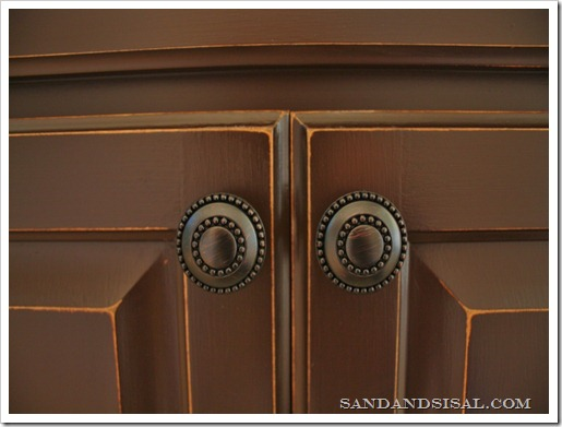Painted cabinets with oil rubbed bronze hardware