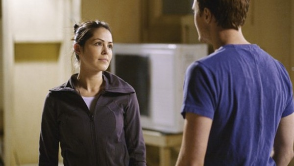COMBAT-HOSPITAL-ABC-Wrong-Place-at-Wrong-Time-Episode-4-2-550x309