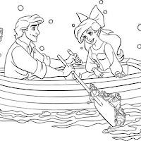 Sirenita con novio en varca.jpg