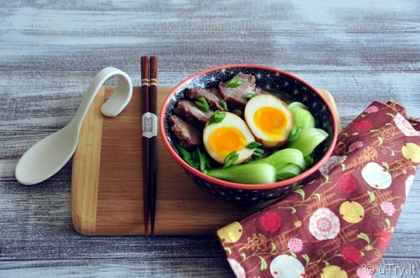How to make Char Siu (Chinese BBQ Pork) Noodle Soup with Video Tutorial 叉燒湯麵   http://uTry.it