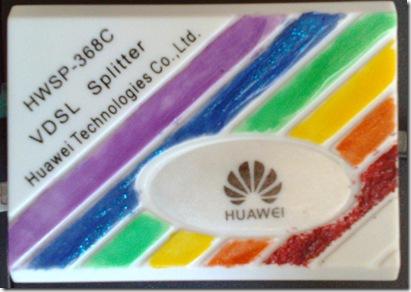 Internet in culorile curcubeului - Un splitter VDSL Huawei pitat cu oja