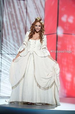 miss-uni-2011-costumes-45