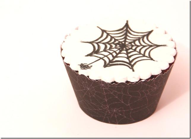 spindelvevcupcakes til halloween enkle IMG_7946