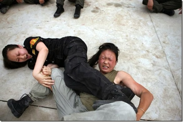 female-bodyguard-training-7