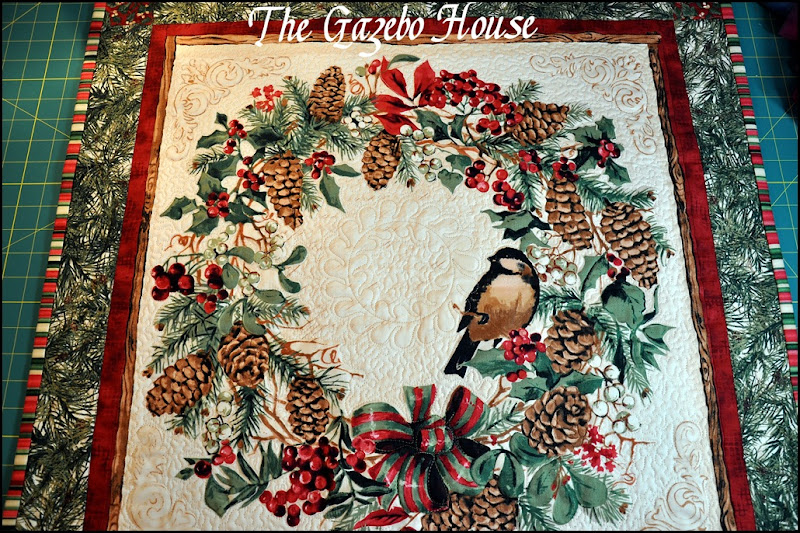 Chicadee quilted wallhanging 001