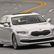 2013-Kia-Quoris-Sedan-1.jpg