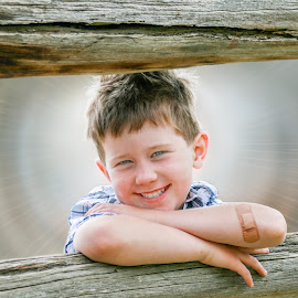 A ray of sunshine by Angelica Glen - Novices Only Portraits & People ( child, happy, sunshine, smile, boy,  )