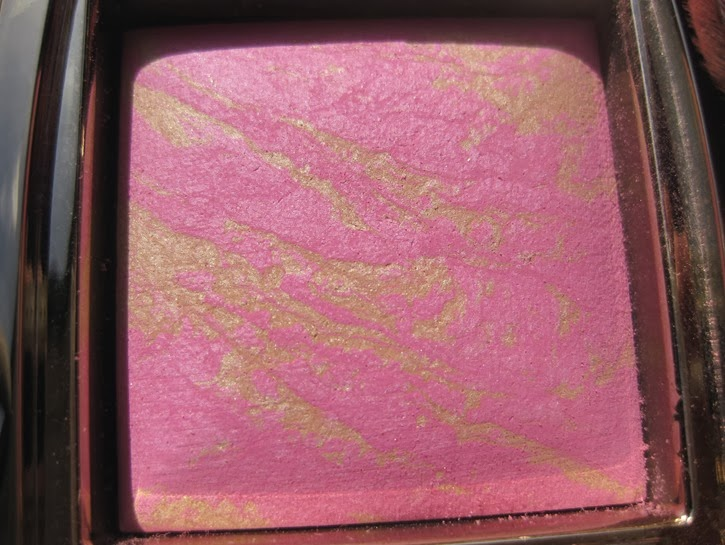Hourglass-Ambient-Lighting-Blush-Radiant-Magenta