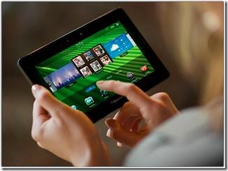blackberry-playbook-hands-lg-800x597