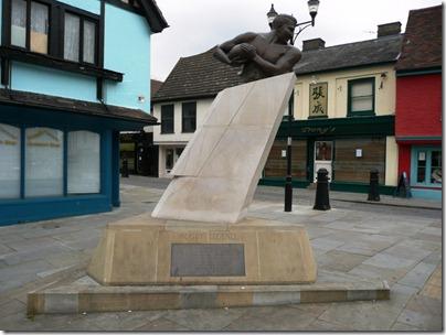 Suffolk Online - Ipswich Rugby Legend Statue